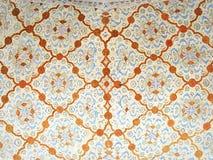 Décorations florales de mosaïque de plafond sur le palais d'Ali Qappu d'Isphahan en Iran Image stock