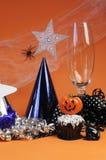 Décorations heureuses de partie de Halloween - verticale. Photos stock