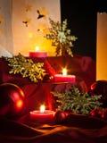 Décorations pour Noël : étoiles, lumières, bougies et boules Photo libre de droits