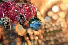 Décorations s'arrêtantes d'arbre de Noël Images stock