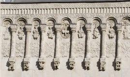Découpage en pierre. Cathédrale de rue Demetrius (1193-1197) Photos libres de droits