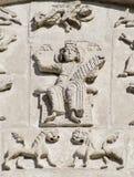 Découpage en pierre. Cathédrale de rue Demetrius (1193-1197) Images libres de droits