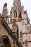 Découpage en pierre de la cathédrale Sainte-Marie De Bayonne Images libres de droits
