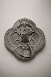 Découpage en pierre héraldique médiéval Photo libre de droits