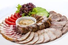 Découpage en tranches de casse-croûte de viande images libres de droits