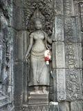 Découpages des apsaras dans le temple d'Ankor Wat Photo stock