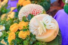 Découpez le cantaloup pour fleurir la forme Photo stock