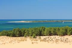 Découverte de la plus grande dune du pyla dunaire de pilat de l'Europe dans les Frances Photos stock