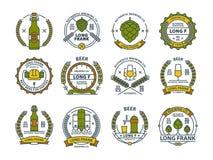 Décrivez les emblèmes colorés de bière, symboles, icônes, labels de bar, collection d'insignes Image libre de droits
