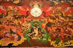 Déesse de la terre protégeant le Bouddha Photo libre de droits