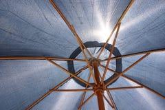 Défendez hors fonction le Sun Photo stock