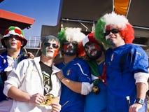 Défenseurs italiens du football - carte de travail 2010 de la FIFA photos stock