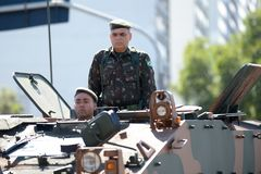 défilé civique militaire célébrant l'indépendance du Brésil image stock