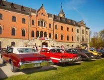 Défilé classique de voitures de vintage américain Image libre de droits