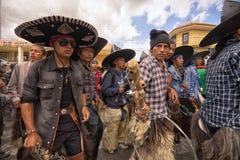 Défilé d'Inti Raymi dans Cotacachi Equateur Photos libres de droits