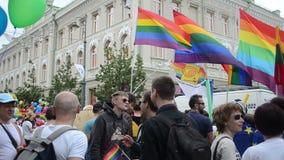 Défilé de droit des homosexuels de personnes banque de vidéos