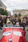 Défilé de la Nouvelle-Orléans de la barbacane à la place principale à l'été Jazz Festival à Cracovie Photos stock