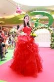 Défilé de mode de robes de mariage Photographie stock libre de droits