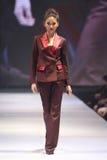 Défilé de mode du ` 2017 de semaine de mode de Vientiene wow de ` Photographie stock libre de droits