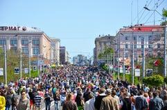 Défilé de victoire dans Bryansk en mai 9,2014 Photographie stock libre de droits