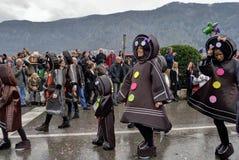 Défilé des biscuits doux dans le carnaval Image libre de droits