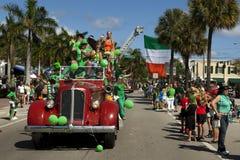 Défilé du jour de Patrick de saint Images libres de droits