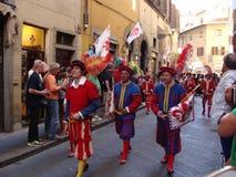 Défilé historique à Florence image stock