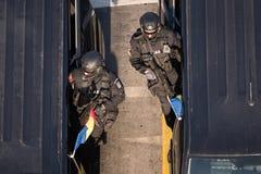 Défilé militaire célébrant le jour national de la Roumanie photo libre de droits