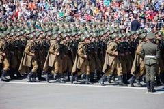 Défilé militaire pendant la célébration du jour de victoire Images libres de droits
