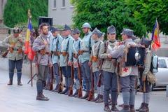Défilé roumain d'armée à Bucarest, Roumanie Photo stock