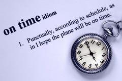 Définition d'être à l'heure et la montre de Pockiet photo stock
