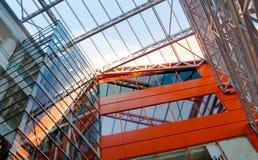 Dégrossissage Plaques de métal fenêtres isolées Images libres de droits