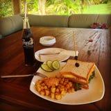 Déjeuner dans la station de vacances Image libre de droits