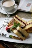 Déjeuner de pain grillé français Photographie stock libre de droits
