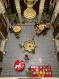 Déjeunez dans Morocoo dans une incursion vue d'en haut photos libres de droits