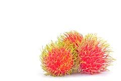 Délicieux doux de ramboutan frais sur la nourriture saine de fruit tropical de ramboutan de fond blanc d'isolement Photographie stock