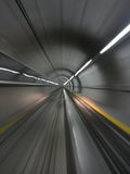 Déménager par le tunnel de métro Photo libre de droits