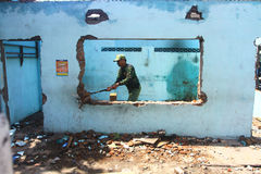 Démantelez les constructions illégales Photographie stock libre de droits