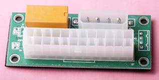 Démarreur de synchronisation d'alimentation d'énergie de bloc alim. de l'exploitation ATX 24 Pin Dual sur le dos de rose photo libre de droits