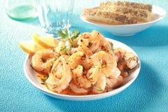 Démarreur gastronome de fruits de mer des crevettes roses roses grillées Images stock