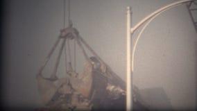 démolition Boulder le Colorado 1968 de bâtiment (de film de 8mm) banque de vidéos