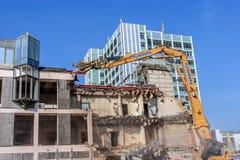Démolition d'un Allemand Sparkasse d'édifice bancaire à Bayreuth Photo stock