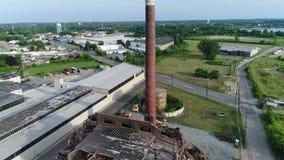 Démolition d'usine de bâtiment de vue aérienne clips vidéos