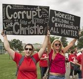 Démonstrateurs contre Christie comme il déclare pour la présidence Photos libres de droits