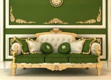Démonstration de sofa royal dans la chambre verte Images stock