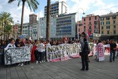 démonstrations à Gênes, Italie contre le governm Photo stock