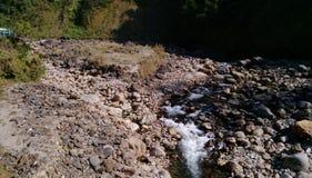 Dépôt de pierre de rivière photos libres de droits