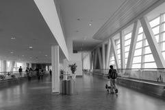 Départ Hall dans l'aéroport de KLIA, Malaisie Photo stock