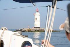 Dépassement du phare de Tokarevskiy Image stock