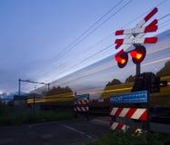 Dépassement du train Photographie stock libre de droits